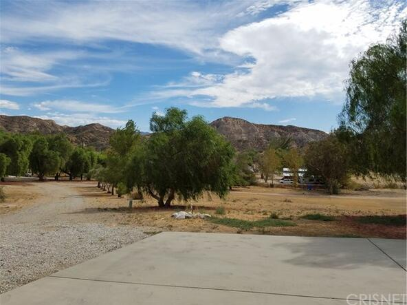 15731 Sierra Hwy., Canyon Country, CA 91390 Photo 57