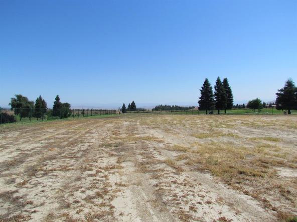 11673 North Devonshire, Fresno, CA 93730 Photo 1