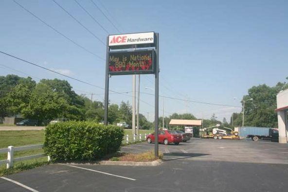 795 Oak Ridge Turnpike, Oak Ridge, TN 37830 Photo 3