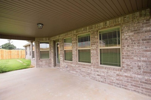 1411 Abbey Ln., Centerton, AR 72719 Photo 8