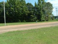 Home for sale: Hwy. 45 By Pass, Trenton, TN 38382
