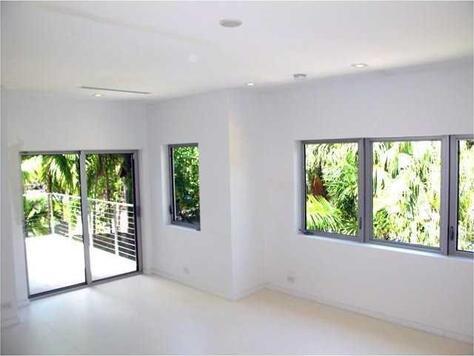 243 Palm Ave., Miami Beach, FL 33139 Photo 22