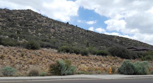 1172 N. Cloud Cliff Pass, Prescott Valley, AZ 86314 Photo 6