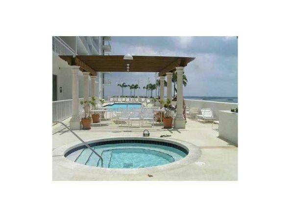 1200 Brickell Bay Dr., Miami, FL 33131 Photo 13