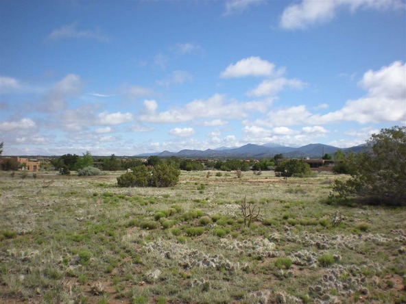 1 Camerada Rd., Santa Fe, NM 87508 Photo 2