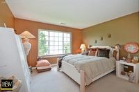 Home for sale: 915 Pheasant Trail, Saint Charles, IL 60174