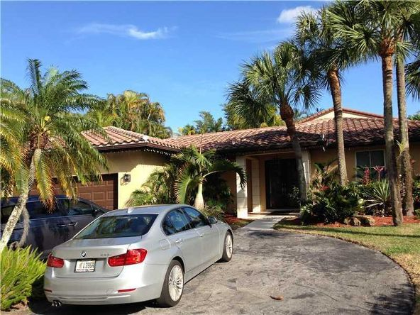 14861 Dunbarton Pl., Miami Lakes, FL 33016 Photo 2