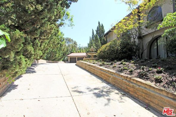 7225 Outpost Cove Dr., Los Angeles, CA 90068 Photo 2