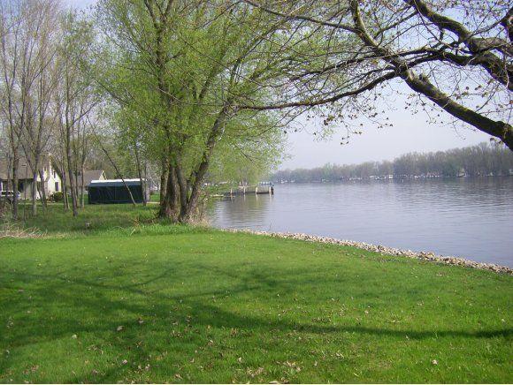 8696 River Trail Dr., Fremont, WI 54940 Photo 5