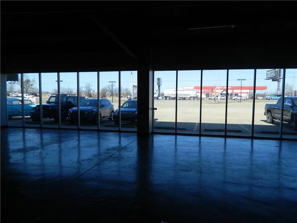 1395 Henri de Tonti Blvd. Unit #Multiple Suites, Springdale, AR 72762 Photo 28