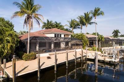 872 Cypress Lake Cir., Fort Myers, FL 33919 Photo 2