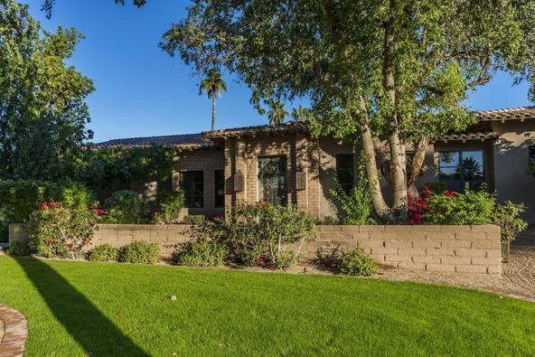 9870 E. Jenan Dr., Scottsdale, AZ 85260 Photo 2