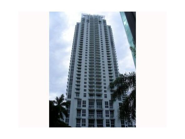 1050 Brickell Ave., Miami, FL 33131 Photo 2
