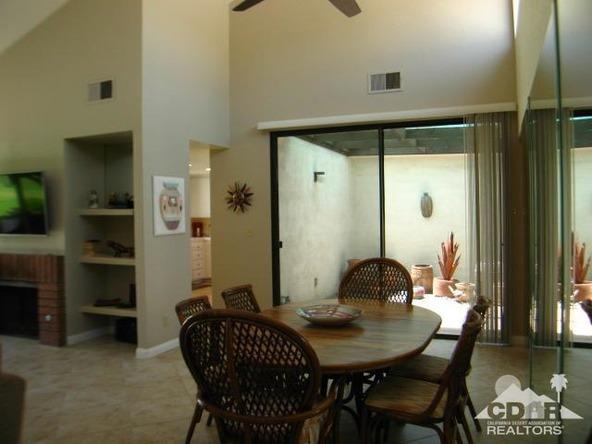 171 las Lomas, Palm Desert, CA 92260 Photo 4