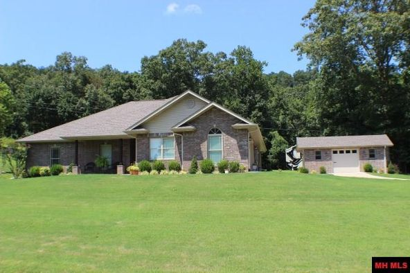186 Golf Course Terrace, Bull Shoals, AR 72619 Photo 2