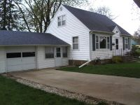 Home for sale: 15 Briar Pl., Estherville, IA 51334