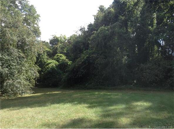 218 W. Sugar Creek Rd., Charlotte, NC 28213 Photo 2