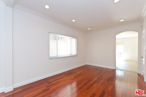 8604 Rugby Dr., West Hollywood, CA 90069 Photo 4