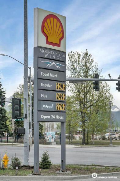 3635 Mountain View Dr., Anchorage, AK 99508 Photo 2