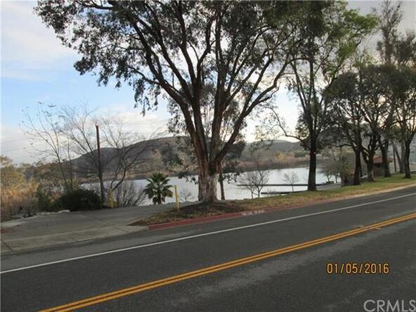 22255 Vacation Dr., Canyon Lake, CA 92587 Photo 4