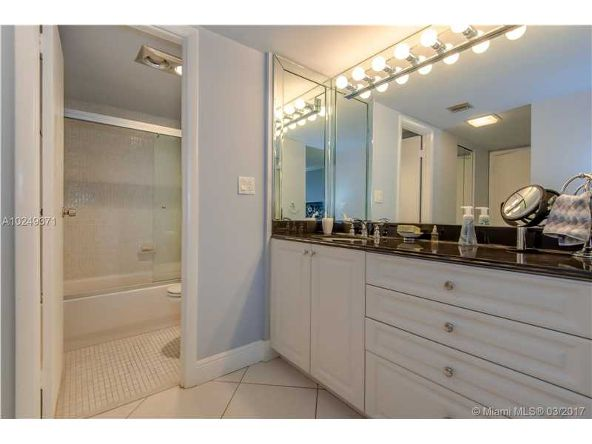 20301 West Country Club Dr., Aventura, FL 33180 Photo 24