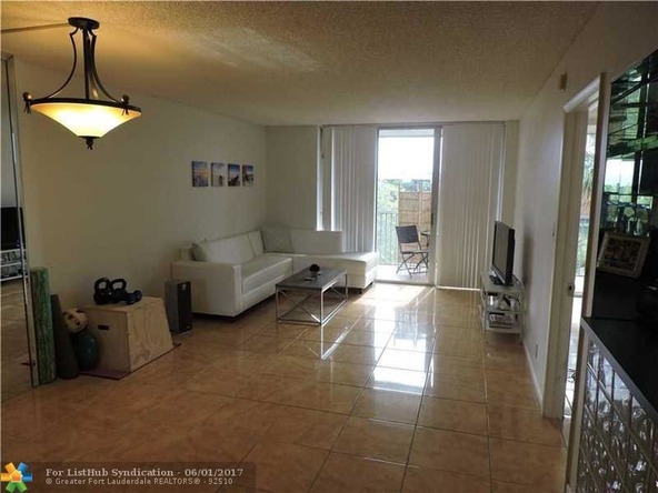 3141 N.W. 47th Terrace 431, Lauderdale Lakes, FL 33319 Photo 3