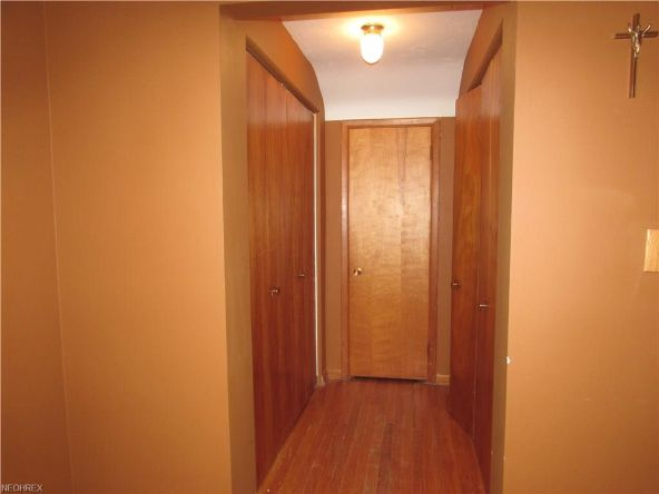 25415 Country Club Blvd., North Olmsted, OH 44070 Photo 17