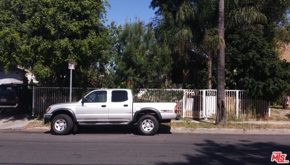 3710 Halldale Ave., Los Angeles, CA 90018 Photo 2