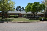Home for sale: 1009 W. Lee, Dimmitt, TX 79027