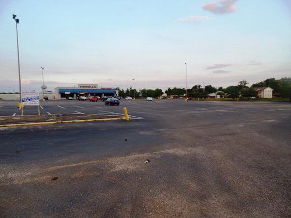 120 Lindberg Avenue, Atmore, AL 36502 Photo 5