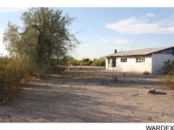 27245 la Posa Rd., Bouse, AZ 85325 Photo 2