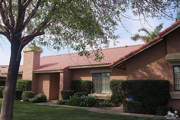 42607 Virginia Avenue, Palm Desert, CA 92211 Photo 4