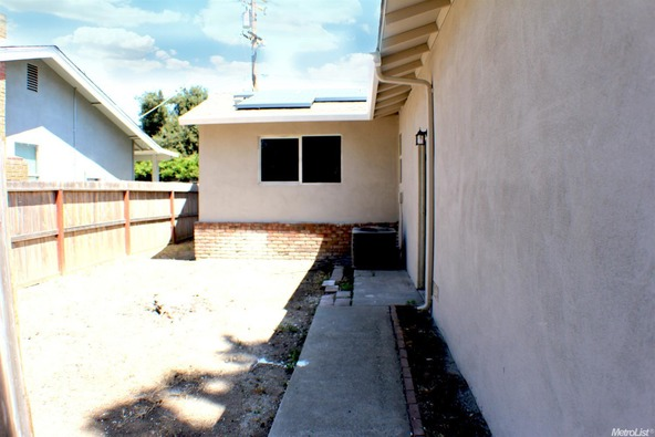 2420 Apache Ln., Modesto, CA 95350 Photo 7