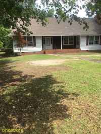 Home for sale: 814 King, Laurinburg, NC 28352