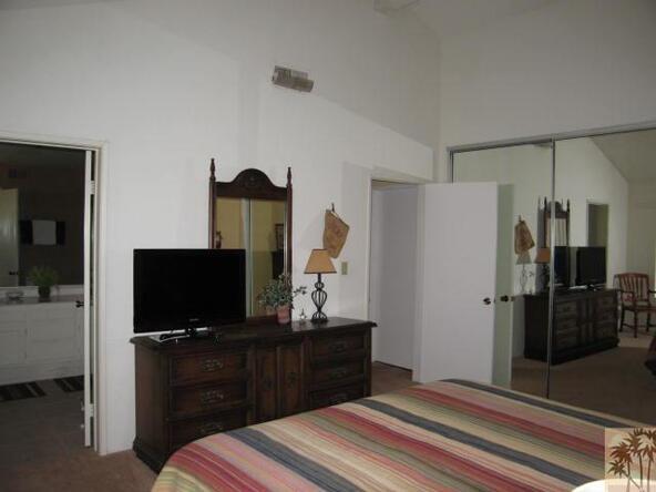 332 Villena Way, Palm Desert, CA 92260 Photo 11