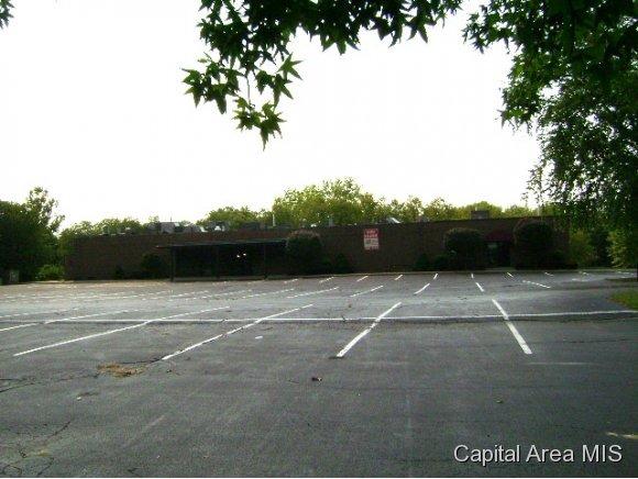 2040 Hill Meadows Dr., Springfield, IL 62702 Photo 5