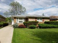 Home for sale: 1013 Meadowcrest Rd., La Grange Park, IL 60526