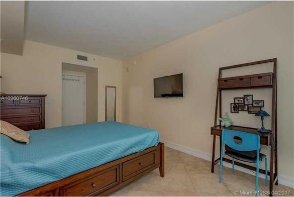 218 Southeast 14th St., Miami, FL 33131 Photo 21