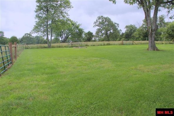 718 Old Tracy Rd., Mountain Home, AR 72653 Photo 11