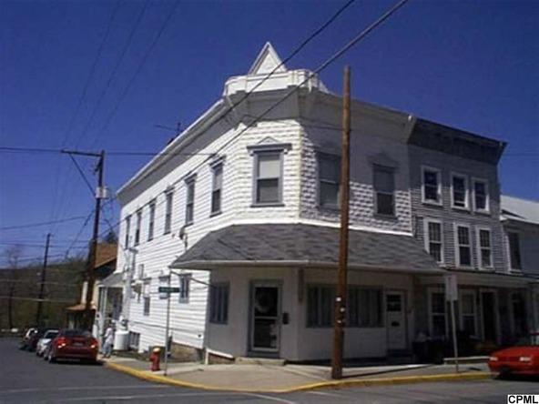 100-102 N. Main St., Mifflintown, PA 17059 Photo 2