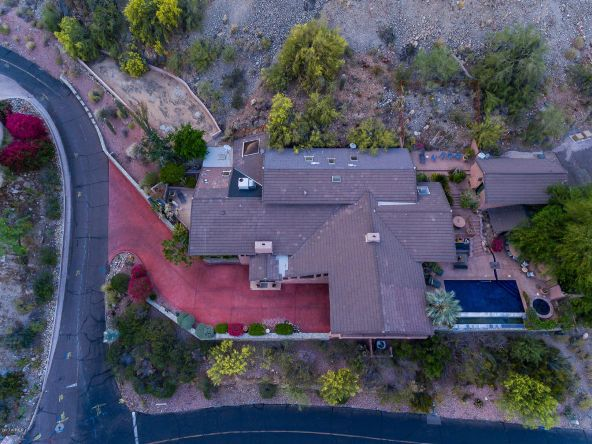 7516 N. Clearwater Parkway, Paradise Valley, AZ 85253 Photo 5