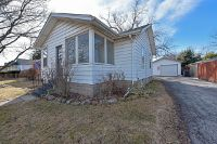 Home for sale: 104 North Sumac Avenue, Waukegan, IL 60085