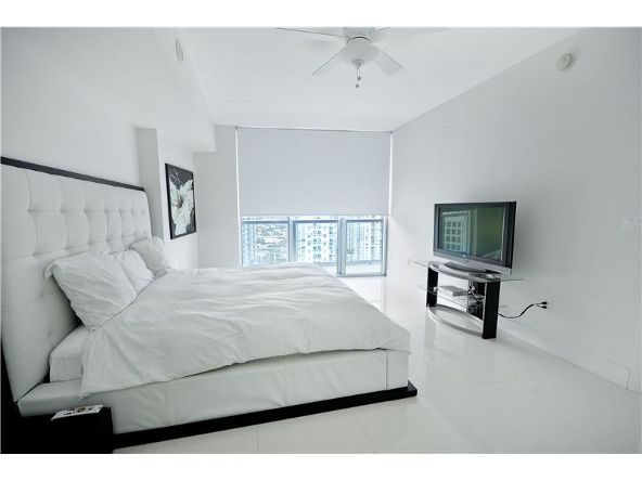 485 Brickell Ave., Miami, FL 33131 Photo 12