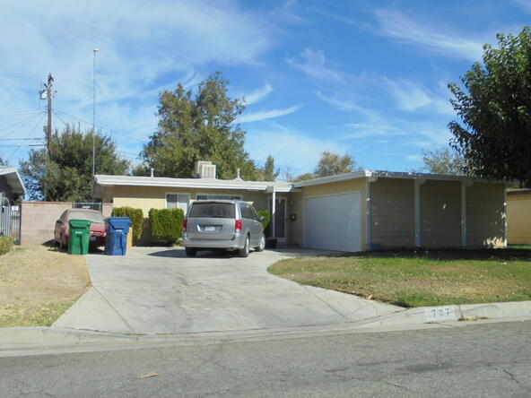 727 Woodgate St., Lancaster, CA 93534 Photo 1