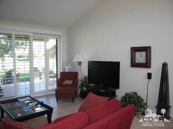 274 Serena Dr., Palm Desert, CA 92260 Photo 4