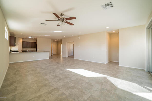 2917 S. Royal Aberdeen Loop, Green Valley, AZ 85614 Photo 4
