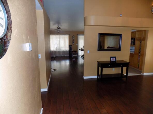 5630 W. Richert Avenue, Fresno, CA 93722 Photo 7