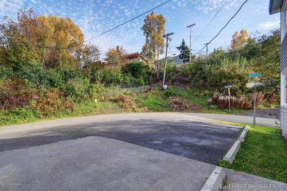1231 W. 7th Avenue, Anchorage, AK 99501 Photo 5