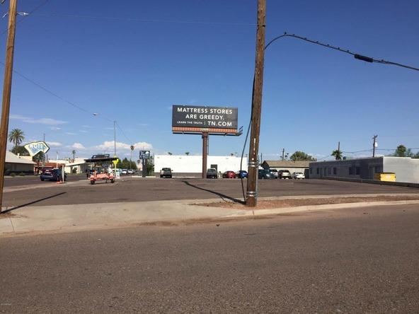 2901 E. Van Buren Avenue, Phoenix, AZ 85008 Photo 1