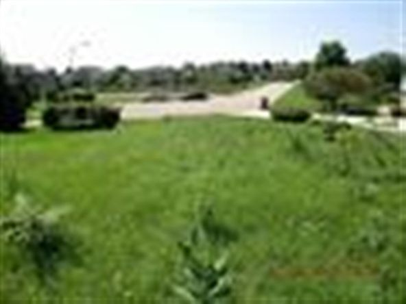 2806 Cambridge Ct. Ct, Janesville, WI 53548 Photo 4